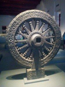 roue de la loi bouddhiste